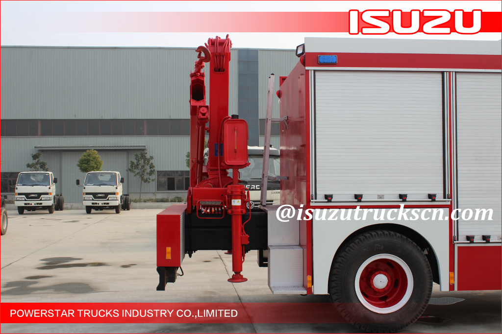 2015 Isuzu Lighting Emergency Rescue Vehicle Fire Truck with Truck Crane