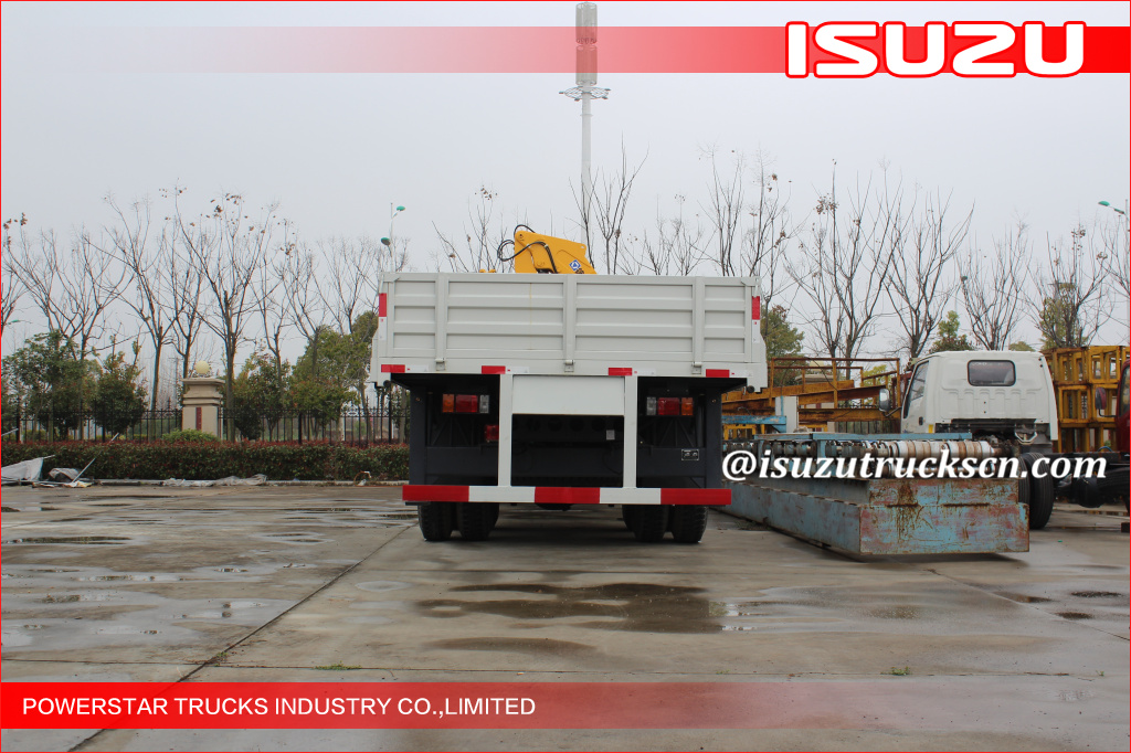 Isuzu Knuckle Truck Mounted Crane 6300kg Safety For Mining Industry