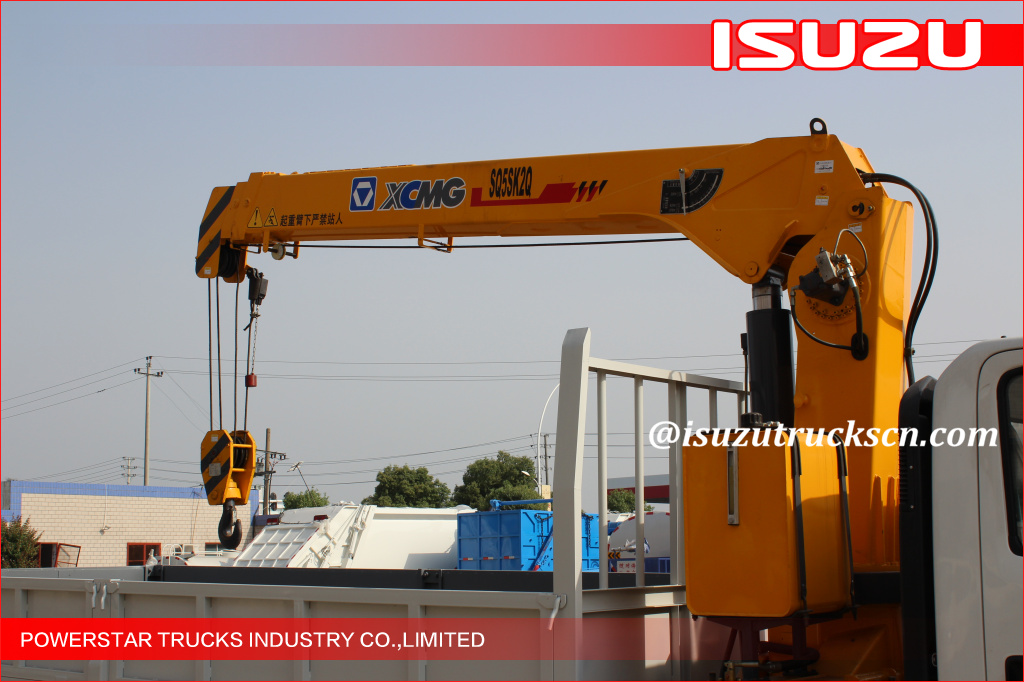 5tons Isuzu City Construction Articulating Boom Crane