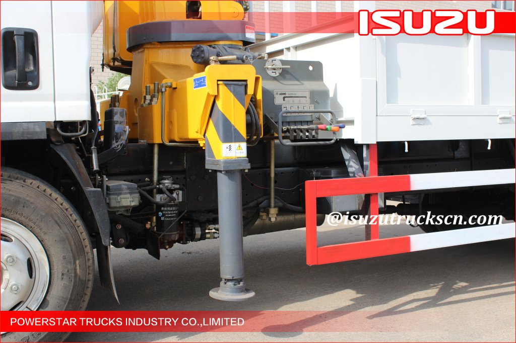 ISUZU CHASSIS with Hydraulic System Telescoping Boom Mobile Crane With 6300kg