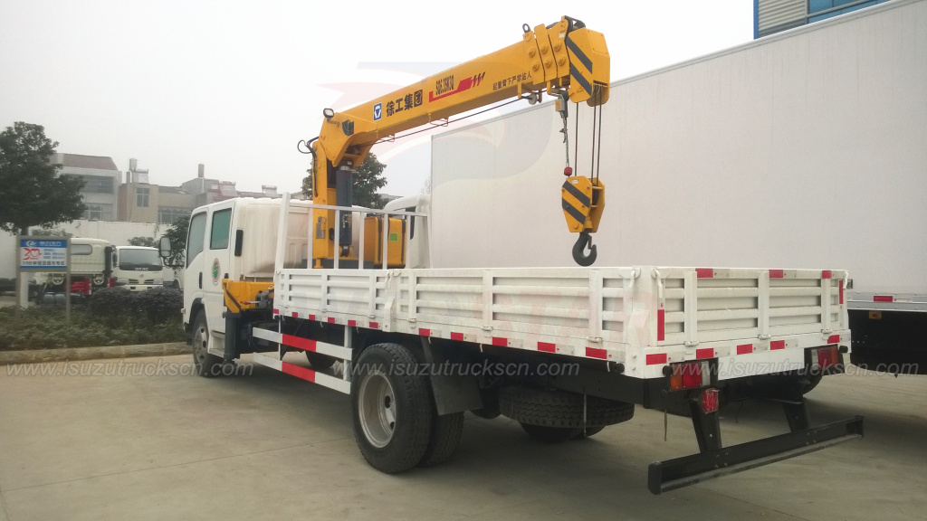 Double Cabin ISUZU NPR ELF Crane Trucks with 6.3Ton Telescopic Boom Truck