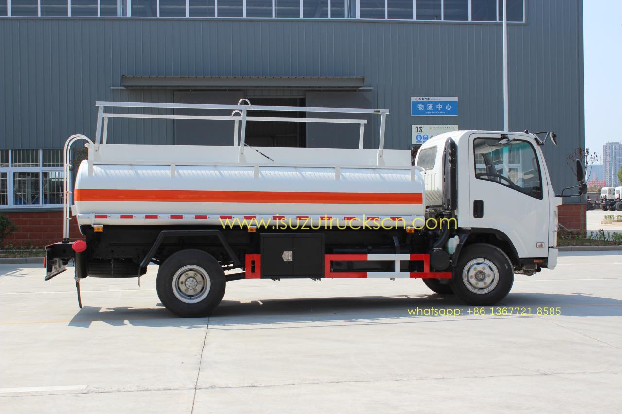 Small Truck Tool Box >> High Efficiency 5000L ELF Refuel Tanker Truck ISUZU,Oil ...