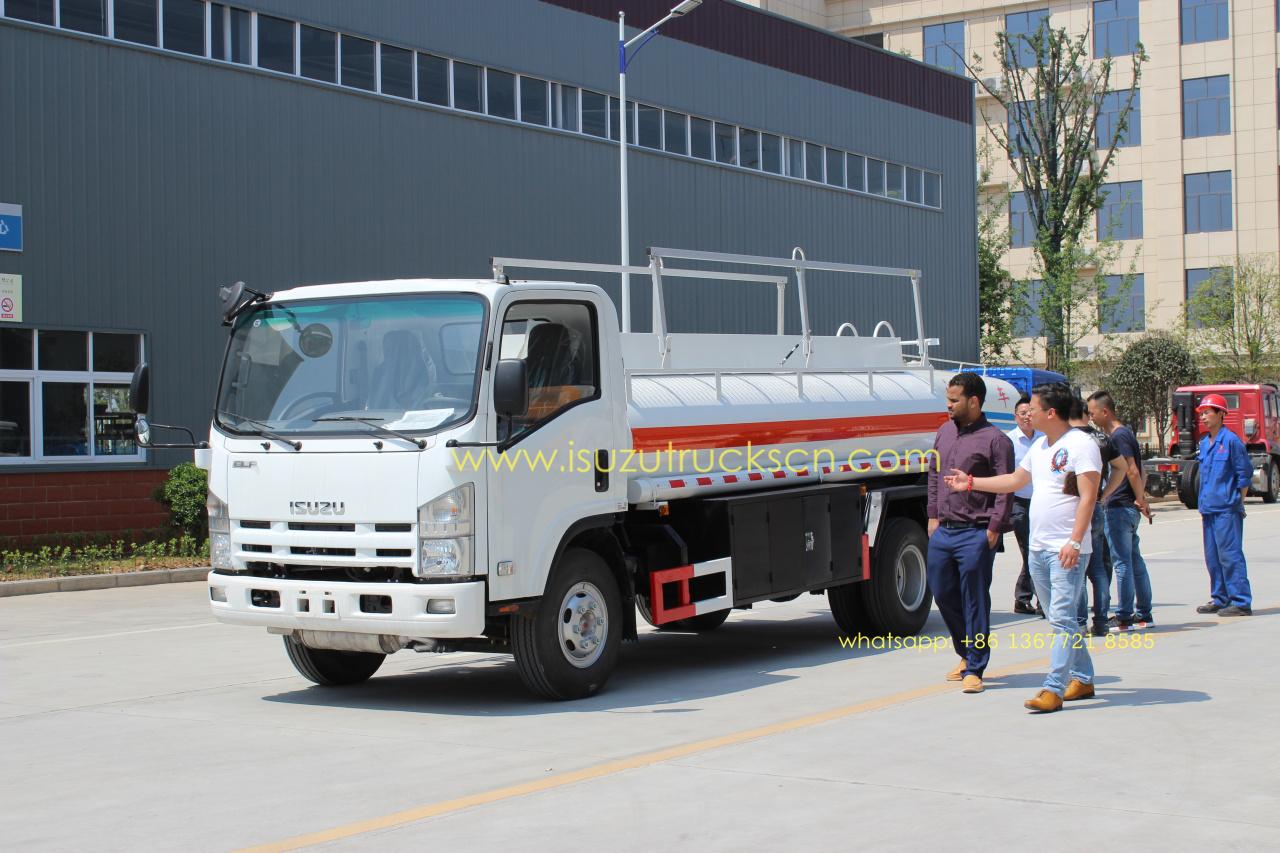 Isuzu 5000L NPR ELF diesel gaoline refuel tank truck oil tank truck for dubai Africa