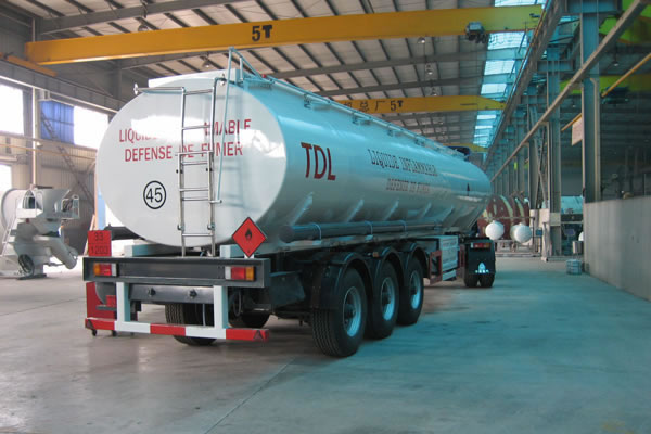 More customer build 50CBM FUEL TANKER TRAILER example: