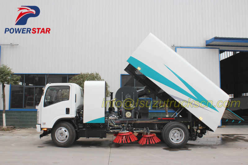 Japanese brand High performance road sweeping vehicle Isuzu NPR with 10cbm pictures