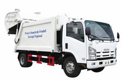 Trash compactor Isuzu