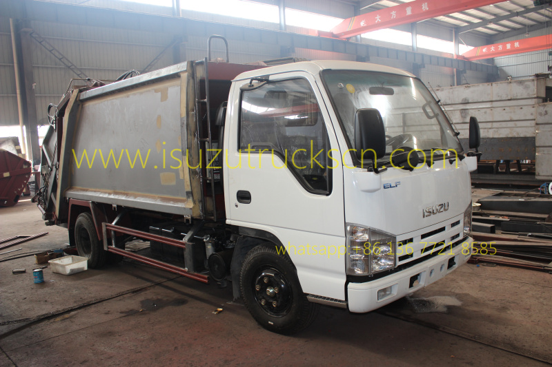 workshop for Garbage Compacting Truck Isuzu 4 CBM