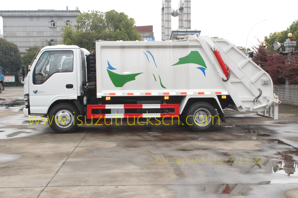 photo for Garbage Compactor Truck Isuzu 3Tons