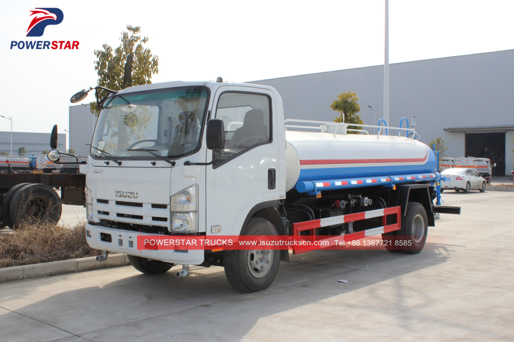 Japanese water sray truck ISUZU ELF 700P water transport truck for sale