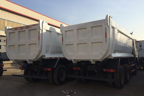 Special U-shape dump bucket hino tippers exported to Southeast Asia