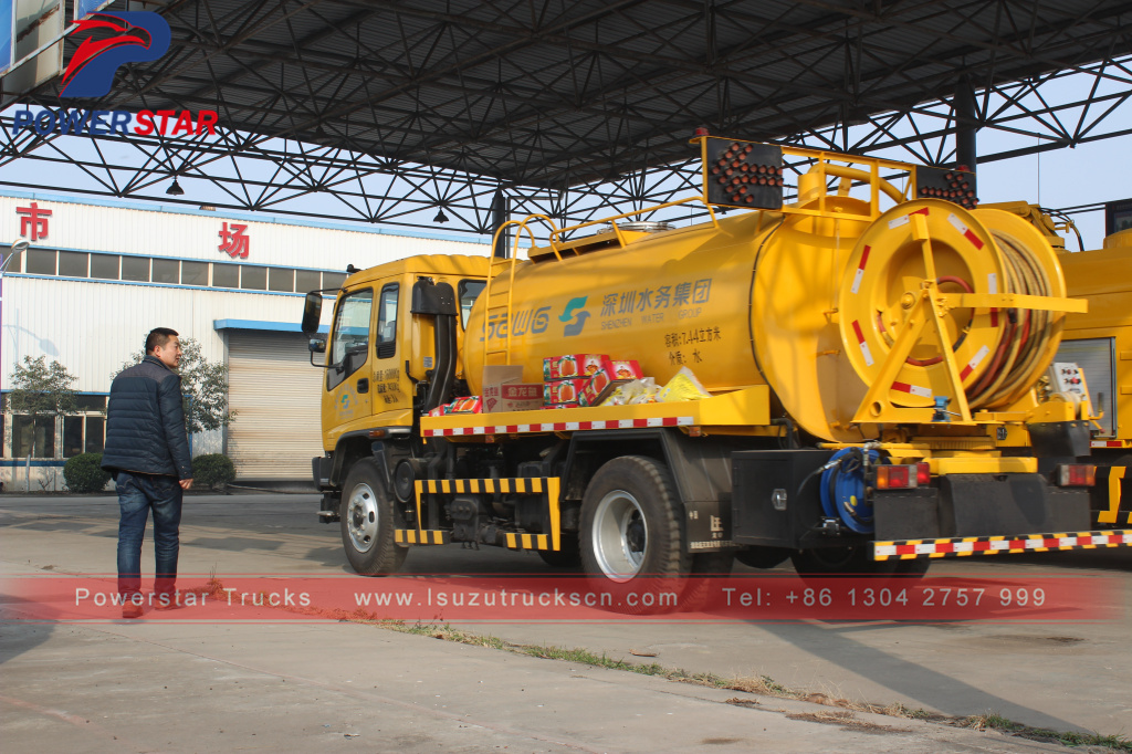 Vacuum cleaner trucks Isuzu (10,000 Liters)