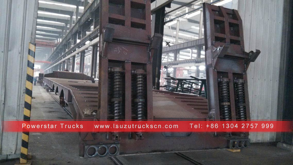 China Tri-Axles Lowbed Semi Trailers, LowBed Trailer Dimensions Customized