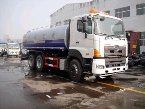 HIINO Water Delivery Tanker & HINO Water Sprinkler Vehicle for sale
