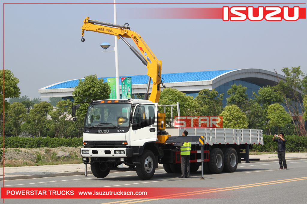 Custom Isuzu FVZ heavy duty Cargo truck with folding boom crane