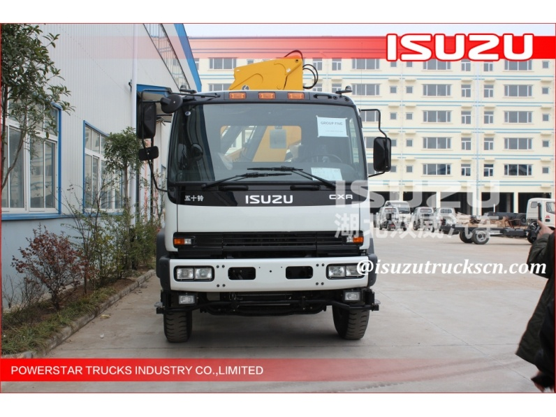 isuzu Small hydraulic Telescopic kunckle boom truck with crane for sale