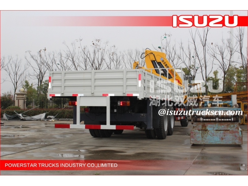 Mini telescopic truck mounted crane 12 ton