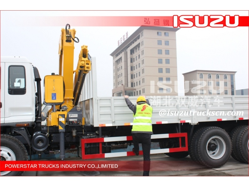 Mini Truck-Mounted Crane with Max. Lifting Moment 6.72t. M