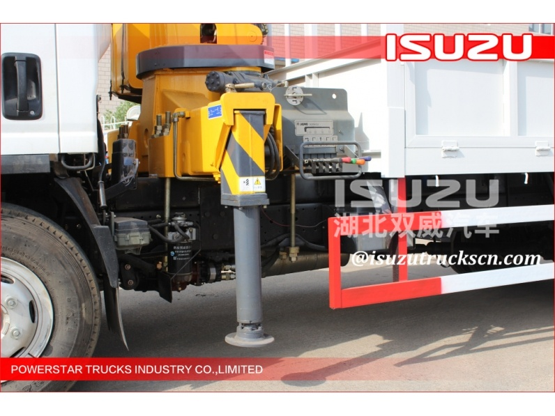 ton folding arm crane, folding boom crane lorry truck , knuckle boom crane