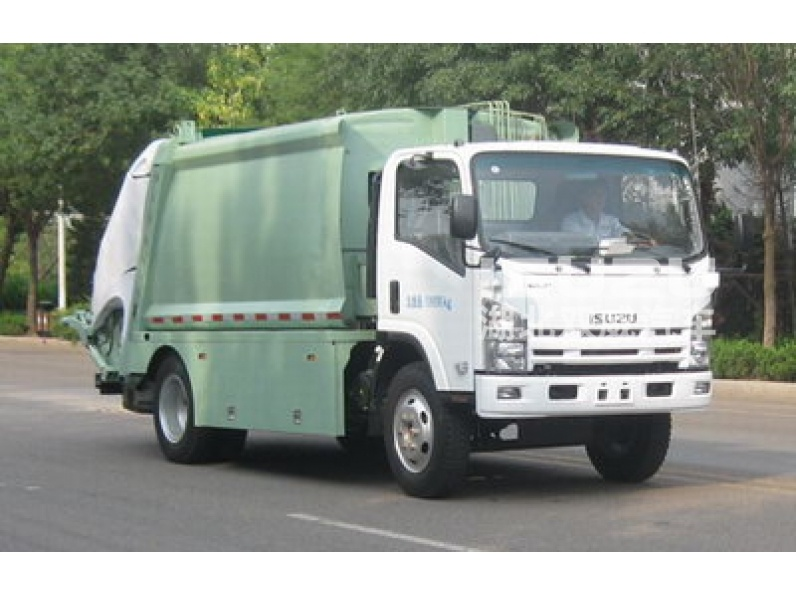 Isuzu truck with fully enclosed garbage tank,good sealed/Mobile Rubbish Compactor