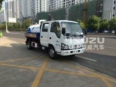 Isuzu Fecal Suction Sewage Truck with ITALY Vacuum Pump small 5000L Sewel Jetting