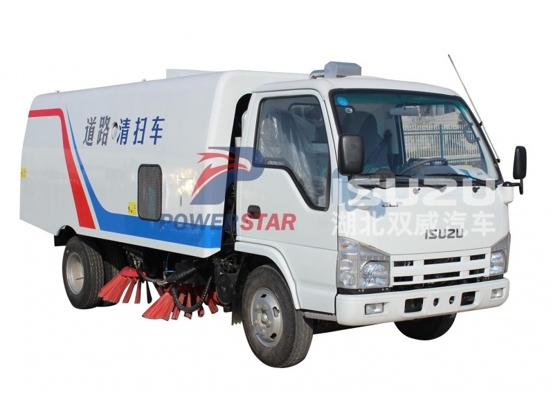 Vacuum road sweeper Isuzu for sale