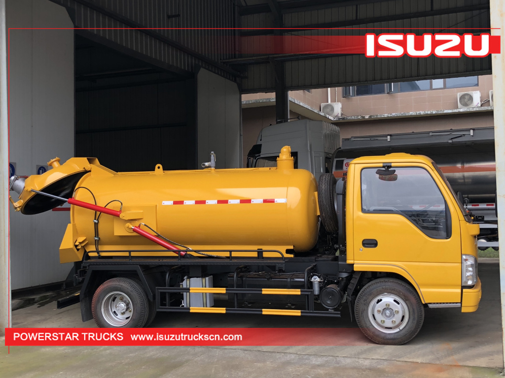 Brand new 4,000L ISUZU Sewage Suction Truck (Vacuum Tanker) for sale