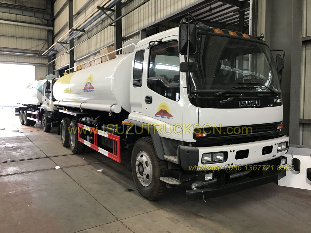 Mobile water tank lorry truck Isuzu FVZ heavy trucks