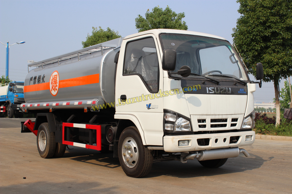 Isuzu 4*2 Capacity Fuel Tank Truck For Sale from Manufacturer Powerstar Trucks