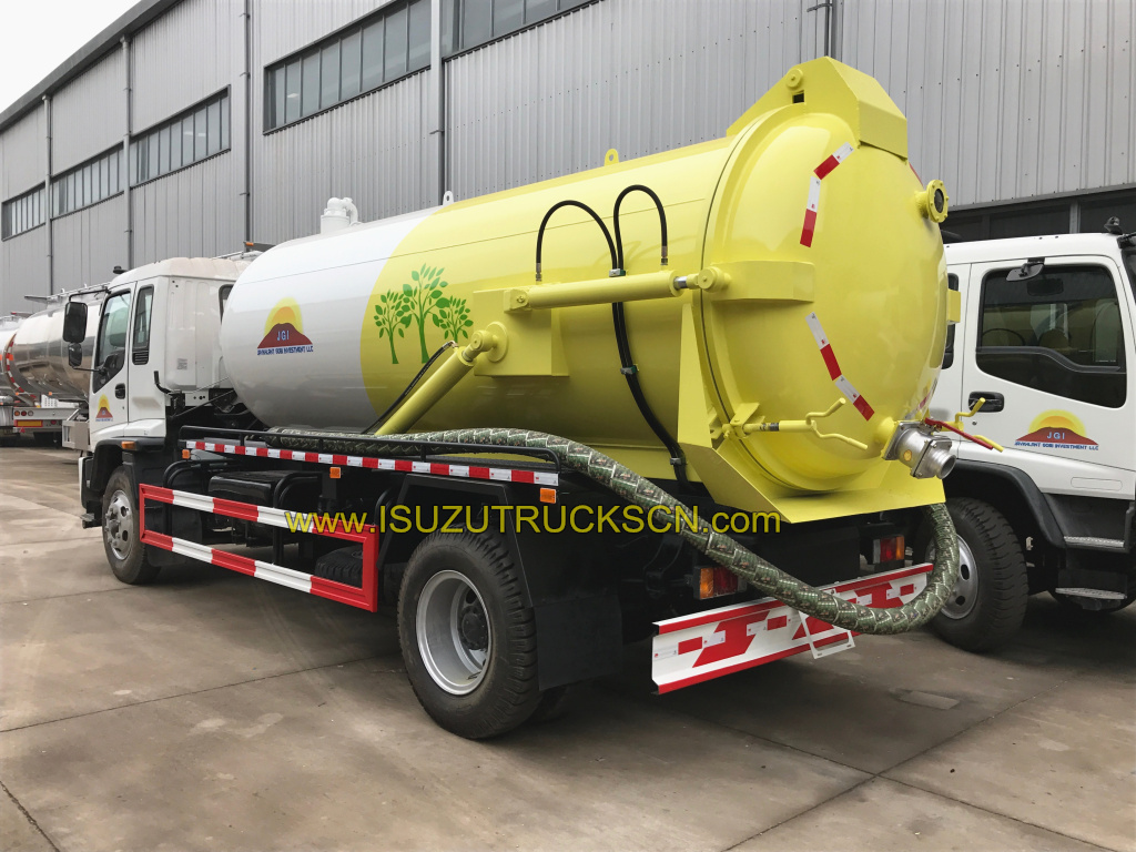 Japan Isuzu Sewage Suction Truck (Vacuum Truck)