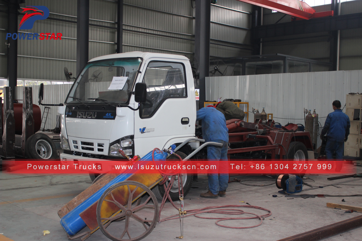 Mini 3tons hook lift garbage collection truck Isuzu